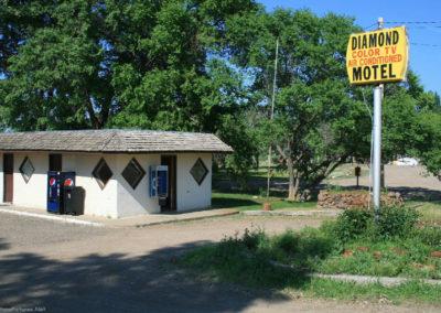 71711 terry motel 0958 diamond_MontanaPictures_Net