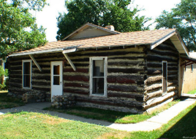 80506 sidney 8428 cabin museum_MontanaPictures_Net