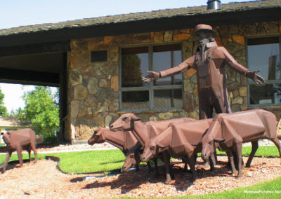 80506 sidney sheep sculpture_MontanaPictures_Net