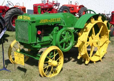 80506 sidney tractor 1925 deere_MontanaPictures_Net