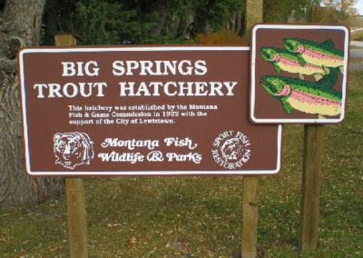 92504 lewistown hatchery entry sign_MontanaPictures_Net