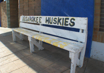 21905 ab huskies bench_MontanaPictures_Net