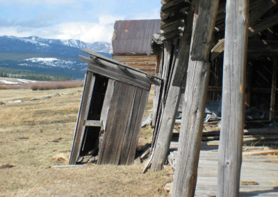 32804 haggin outhouse 1710_MontanaPictures_Net
