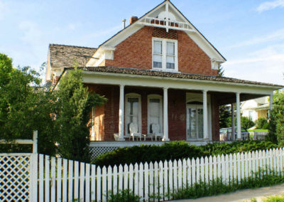 62106 wss porch house_MontanaPictures_Net
