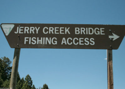 62412 wise river jerry creek 7223 sign_MontanaPictures_Net
