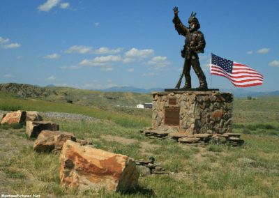 70708 wilsall 5116 statue_MontanaPictures_Net