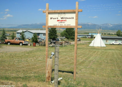 70708 wilsall motel 5107_MontanaPictures_Net
