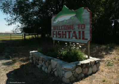 71112 fishtail welcome 0048 sign1080_MontanaPictures_Net