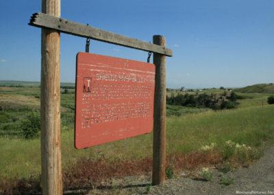 71210 wilsall shields sign 5129 far_MontanaPictures_Net