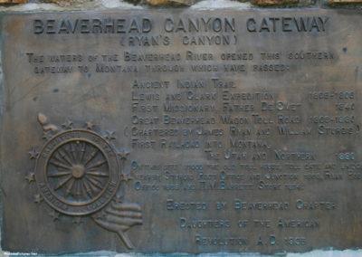 71607 barrett rock gateway plaque 5707_MontanaPictures_Net