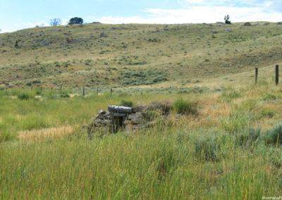 71607 blacktail orange rock 5979 dugout_MontanaPictures_Net