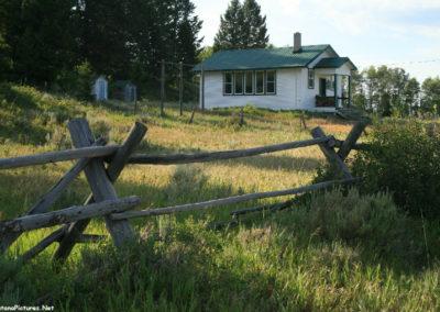 71807 Lakeside pm schoolhouse 6456_MontanaPictures_Net