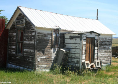 71807 monida rr building 7640_MontanaPictures_Net