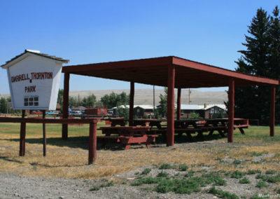 71907 Lima park tables 9016_MontanaPictures_Net