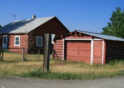 71907 Lima red log house garage 8739_MontanaPictures_Net