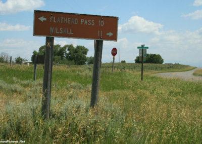 80708 bridgers sedan 4653 wilsall sign_MontanaPictures_Net