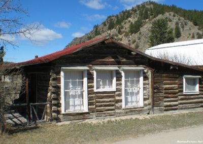 132804 dewey cabin 0991_MontanaPictures_Net
